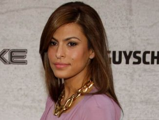 "Eva Mendes - Spike TV's ""Guys Choice"" 2011 - Arrivals"