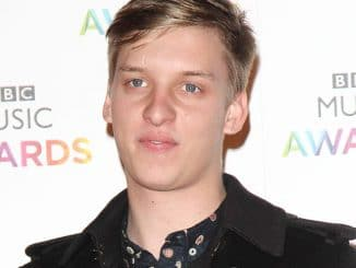 George Ezra - BBC Music Awards 2014