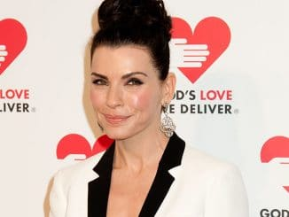 Julianna Margulies - God's Love We Deliver 2013 Golden Heart Awards - Arrivals
