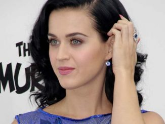 "Katy Perry - ""Smurfs 2"" Los Angeles Premiere"