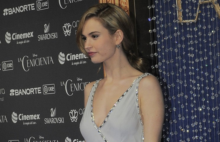 "Lily James - ""Cinderella"" (""La Cenicienta"") Mexico City Premiere"
