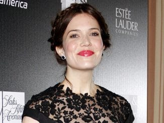 Mandy Moore - The L.A. Gay and Lesbian Center