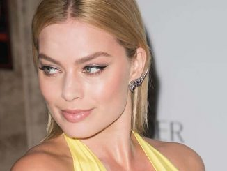 Margot Robbie - Harper's Bazaar Women of the Year 2014 Awards