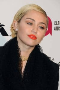 Miley Cyrus: Löwenjagd muss verboten werden - Promi Klatsch und Tratsch