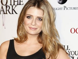 "Mischa Barton - ""I Will Follow You Into The Dark"" Los Angeles Screening - Arrivals"