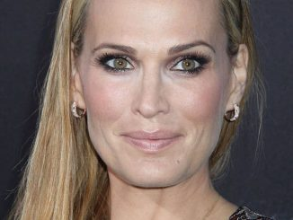 "Molly Sims - ""Interstellar"" Los Angeles Premiere"