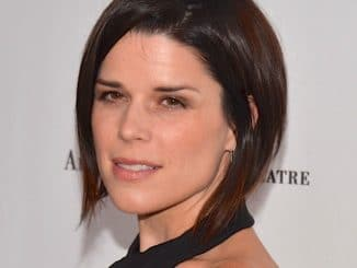 "Neve Campbell - 2013 American Ballet Theatre ""Stars Under the Stars: An Evening in Los Angeles"" Benefit"