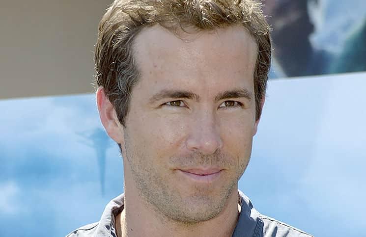 """Ryan Reynolds hat für """"Deadpool"""" einiges ertragen - Kino News"""