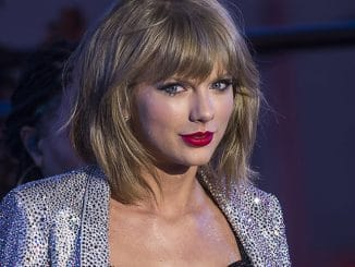 "Taylor Swift - ""New Year's Rockin' Eve 2015"" with Taylor Swift in Concert in Times Square in New York"
