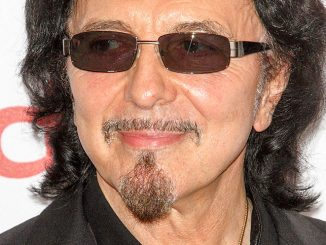 Tony Iommi - 39th Annual Nordoff Robbins 02 Silver Clef Awards